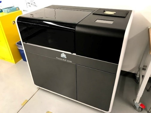 Projet MJP 2500 3D Printer in Wheaton College IL Engineering Lab