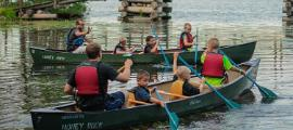 students canoeing at HoneyRock
