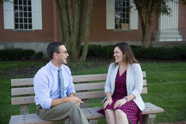 Dating op Wheaton Collegezijn online dating profiel nog steeds actief